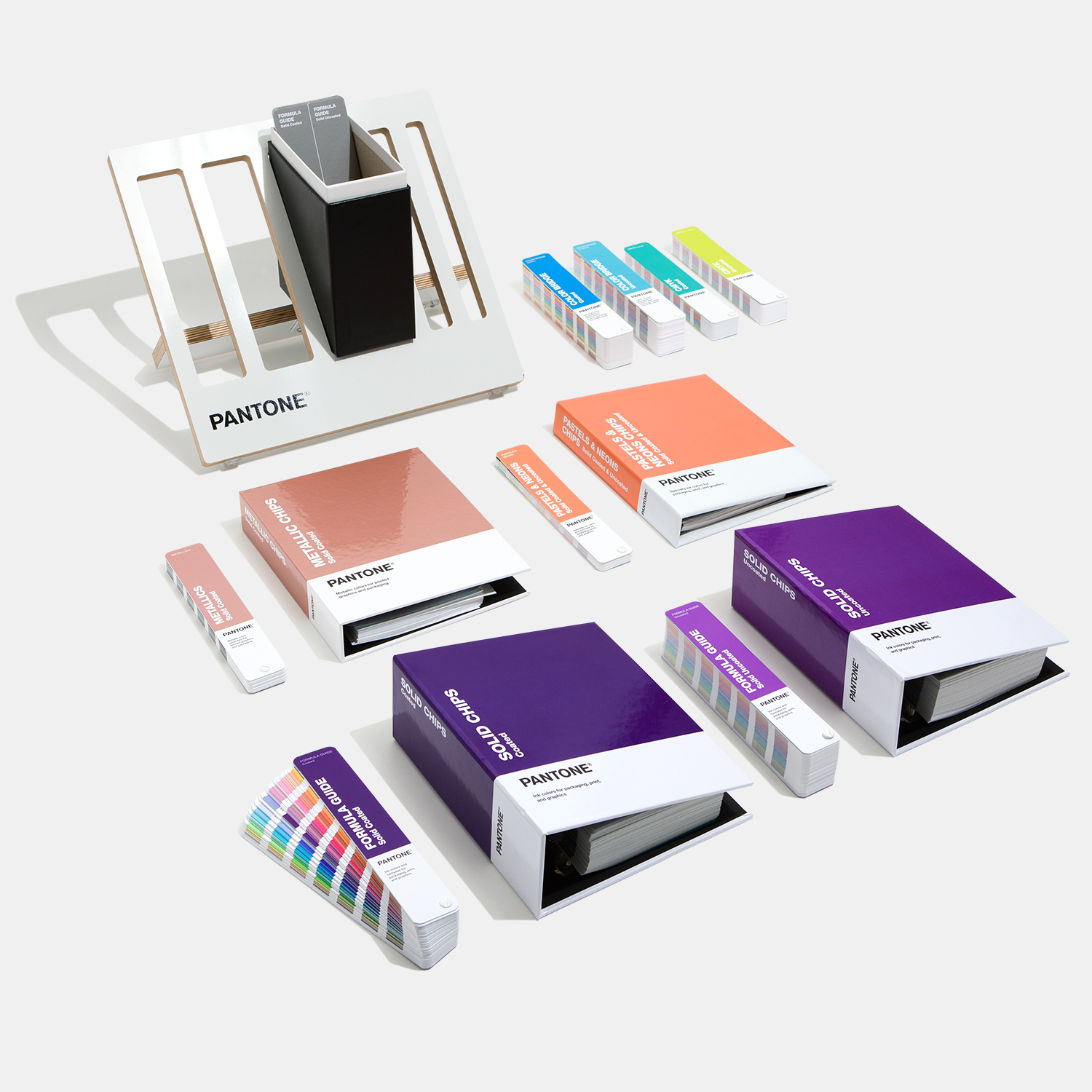 GPC305A-pantone-graphics-reference-library-pms-cmyk-spot-color-metallics-pastels-neons-guides-chip-books-product-1
